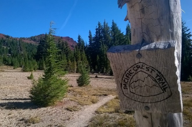 PCT sign in Oregon