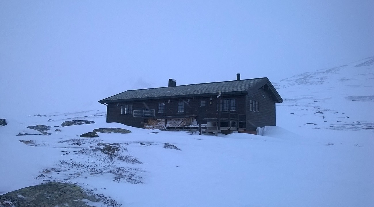 Pyttbua cabin in winter